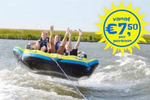 Tube Fun bij Waterski en Boarding School de Harder in Biddinghuizen aan het Flevomeer